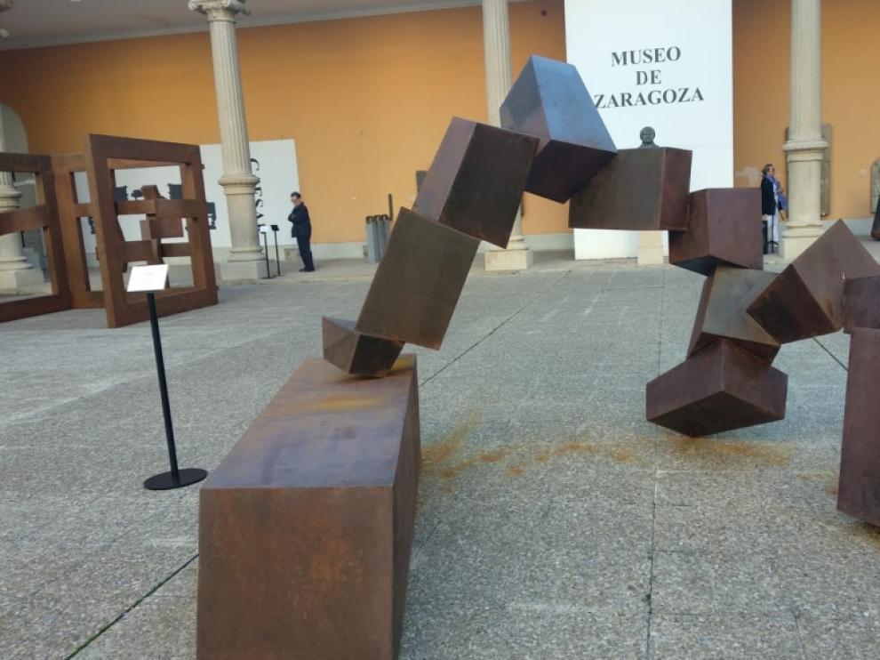 Escultura de Santiago Gimeno.