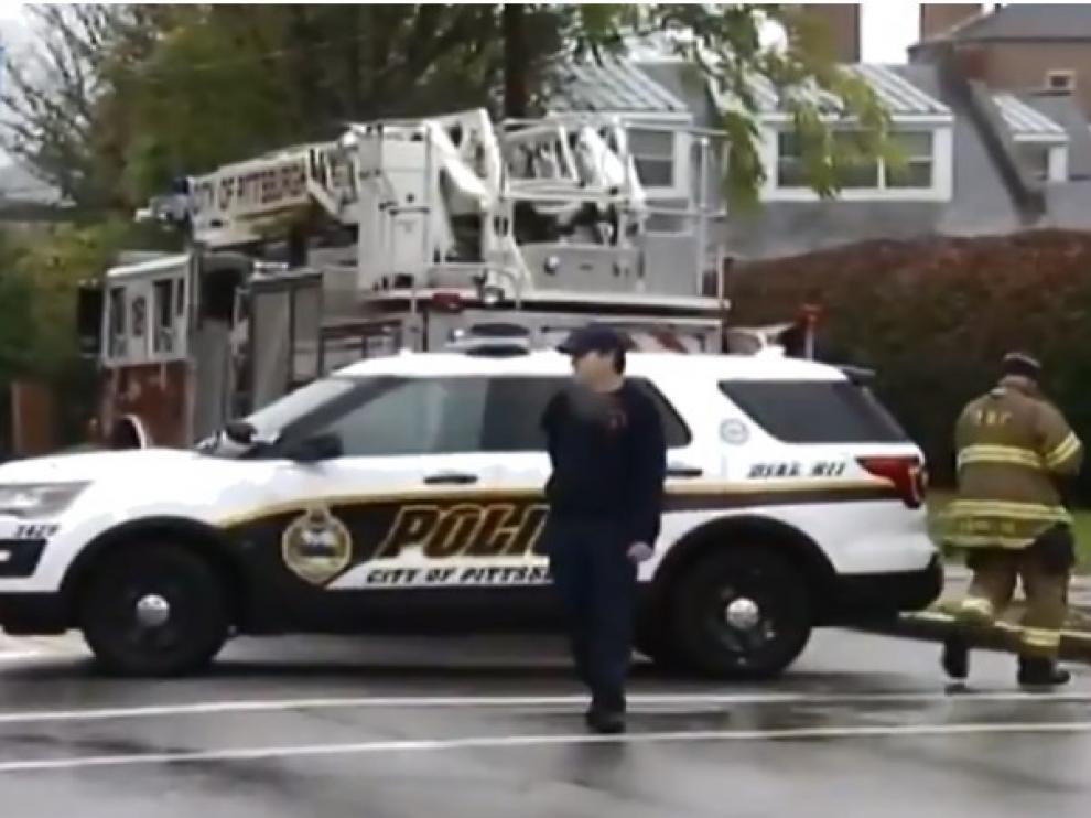 Varios muertos en un tiroteo en una sinagogade Pittsburgh.
