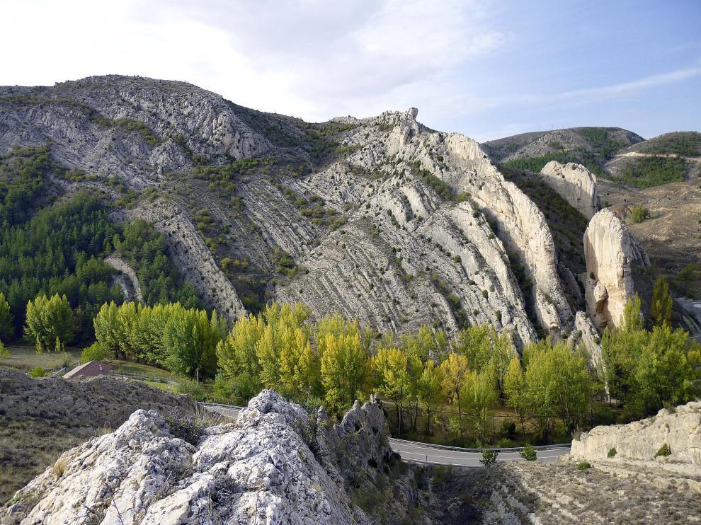 El Parque Geológico de Aliaga, con sus singulares formaciones rocosas, ofrece parajes de gran belleza.