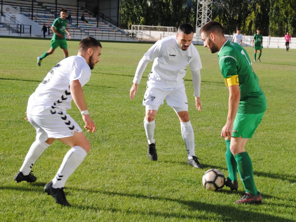 Imagen del partido disputado entre el Andorra contra el Mequinenza.