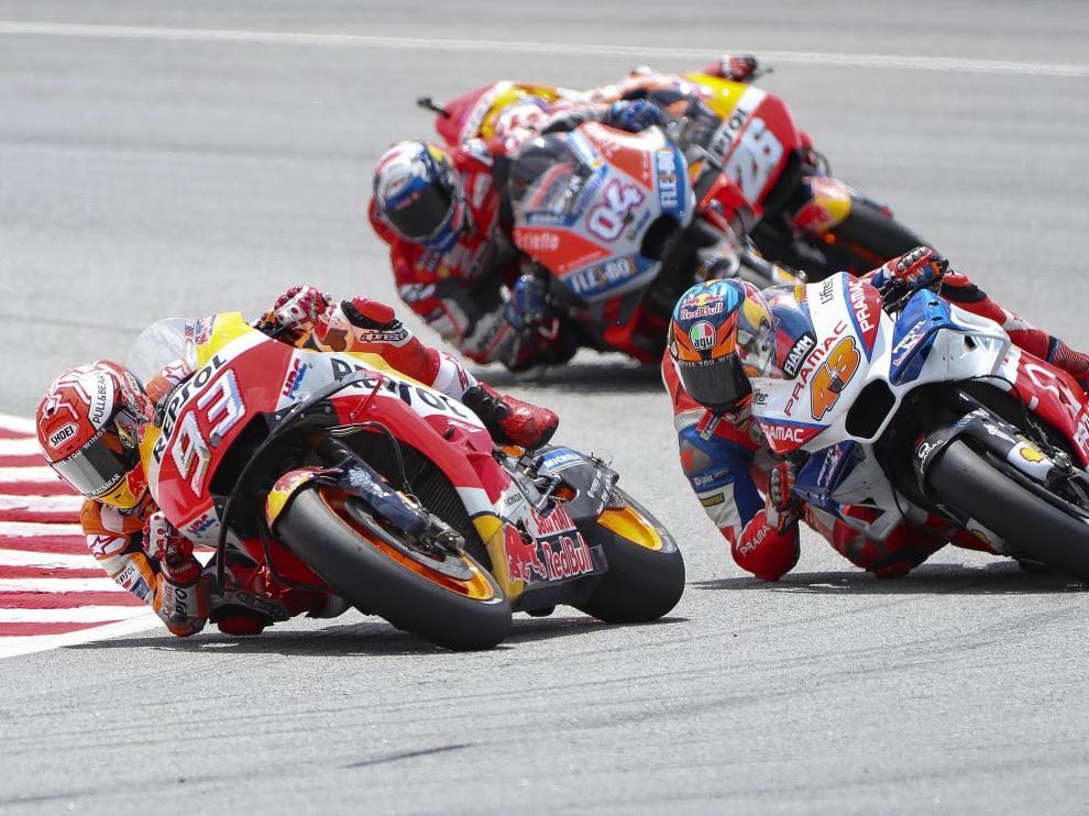 Márquez gana y Martín se corona campeón del mundo de Moto3