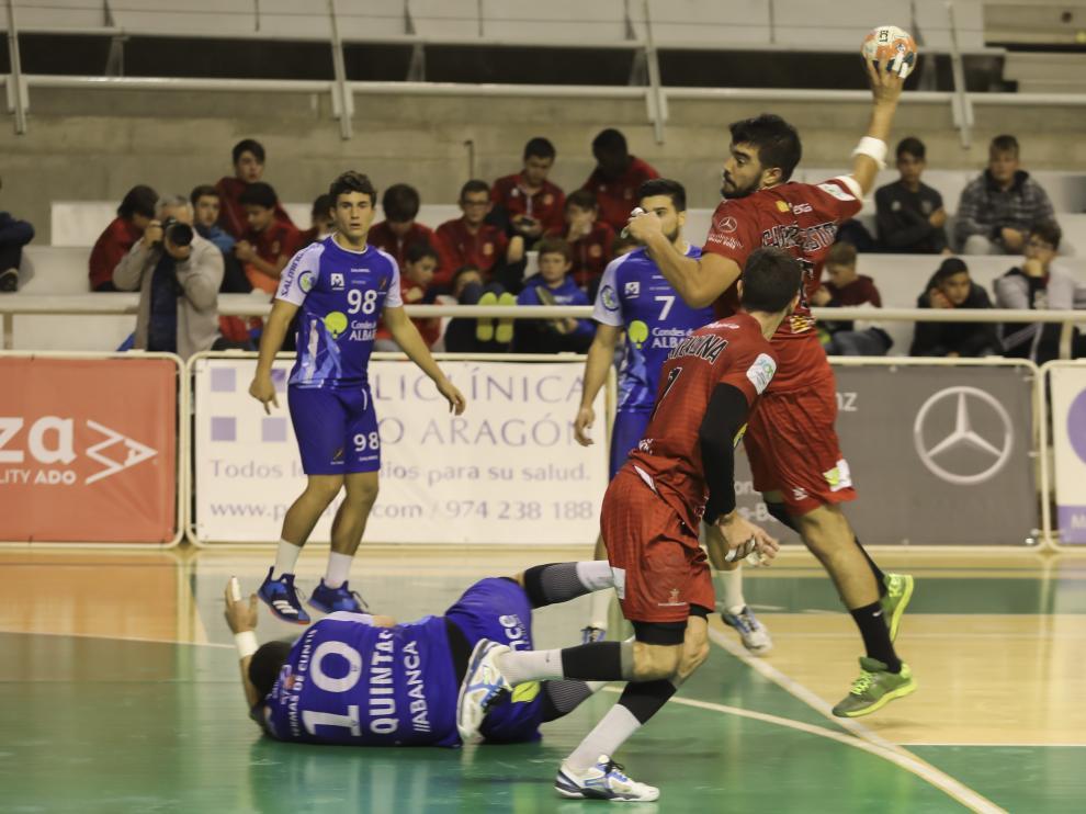 El Bada Huesca se mantiene con opciones de jugar la Copa Asobal.