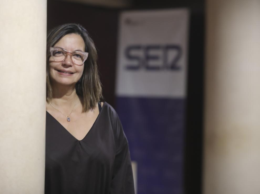 Àngels Barceló, en la Diputación de Huesca, desde donde se emitió 'Hora 25'