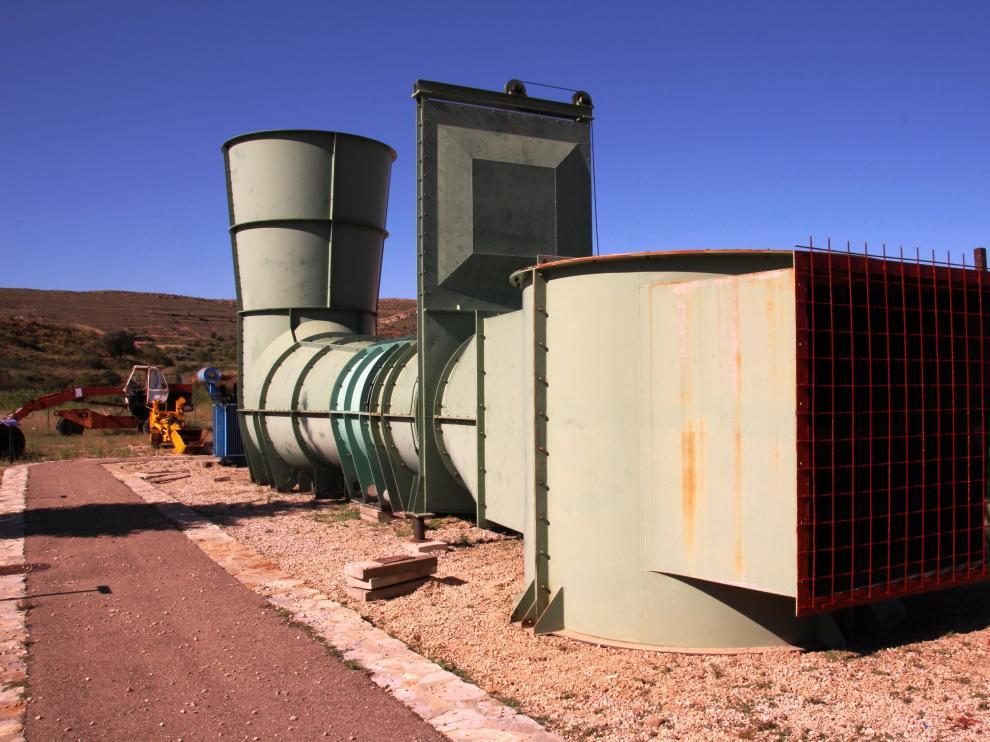 Un ventilador de grandes dimensiones servía para ventilar la mina y reciclar el aire.