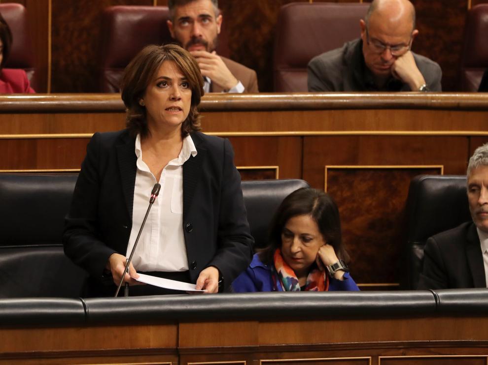 La ministra de Justicia, Dolores Delagdo, en el Congreso de los Diputados.