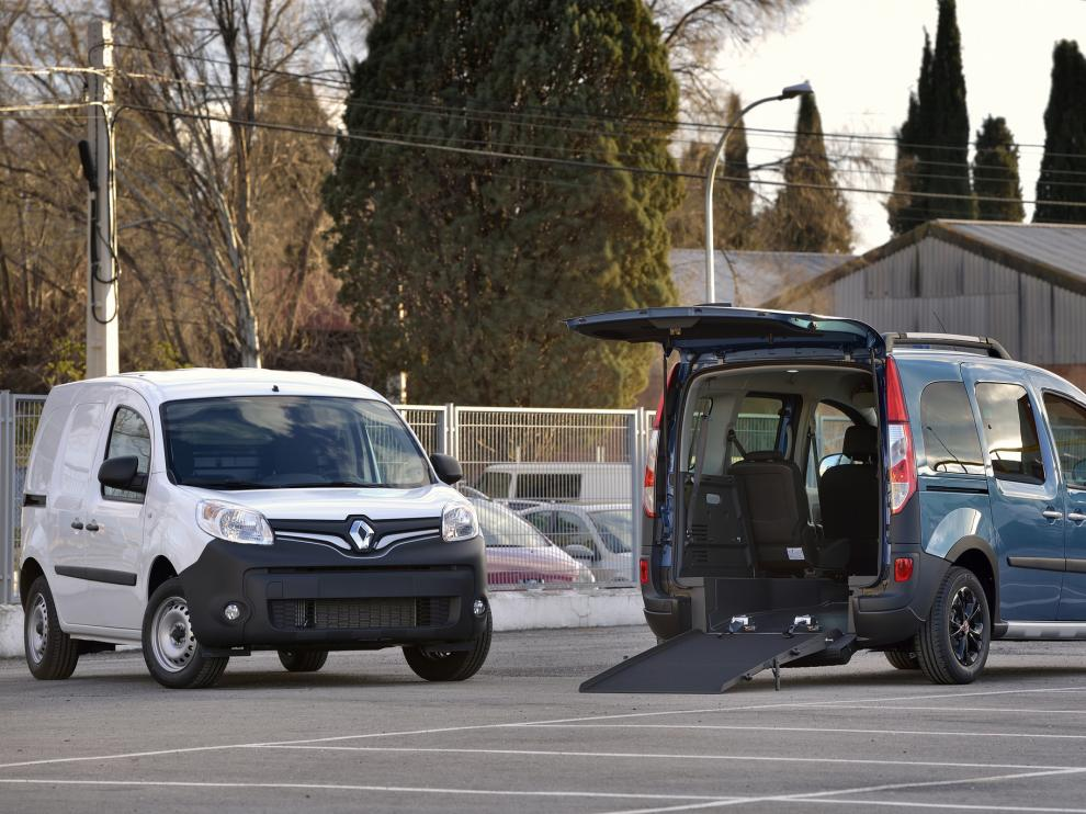 La caravana de Renault está formada por 19 vehículos de diferentes características y prestaciones.