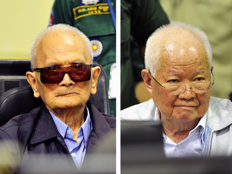 El ex 'número dos'e ideólogo de la organización comunista, Nuon Chea, de 92 años, y el antiguo jefe de Estado de ese régimen, Khieu Samphan, de 87, condenados a cadena perpetua.