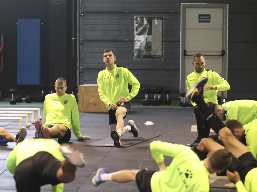 Los jugadores de la Sociedad Deportiva Huesca, en el entrenamiento de esta mañana.