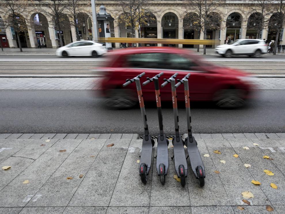 Patinetes eléctricos en el Paseo Independencia de Zaragoza