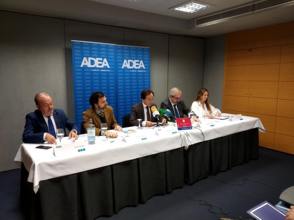 José Guillén, Enrique Torguet, Salvador Arenere, José Andrés Nalda y Gemma Español, en la presentación de los premios de este martes.