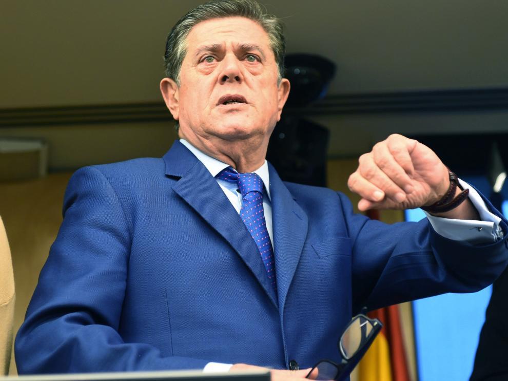 Federico Trillo a su llegada para comparecer en la Comisión de Investigación de la supuesta financiación ilegal del PP.