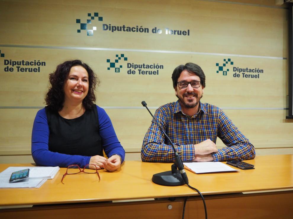 Los diputados provinciales de Ganar, Anabel Gimeno y Pedro Bello.