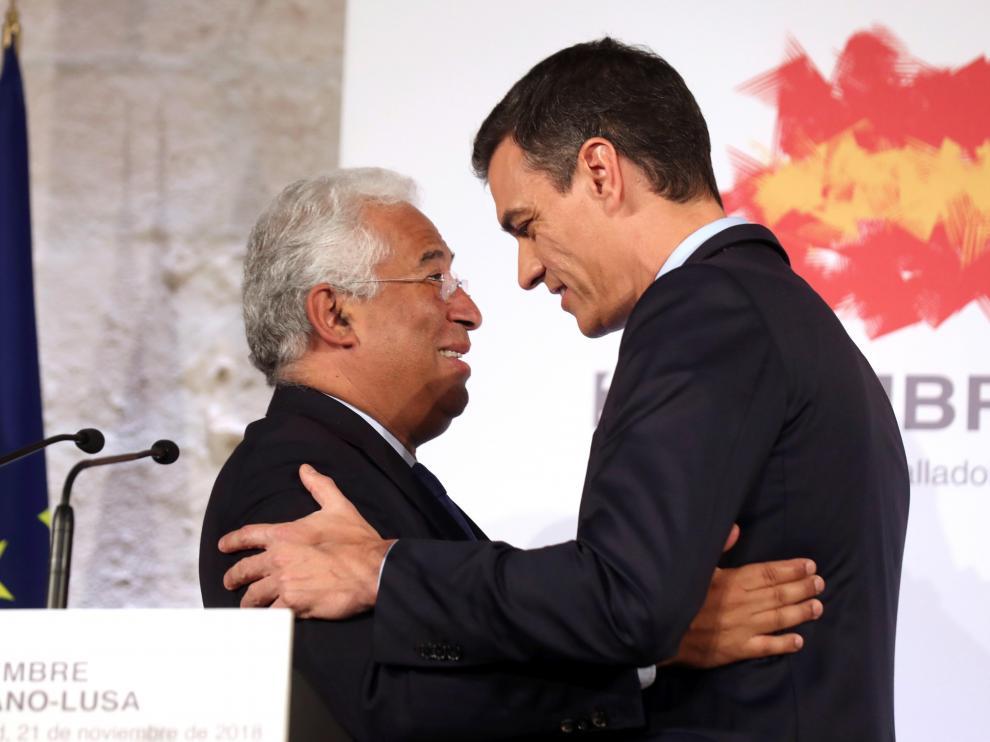 El presidente del Gobierno español, Pedro Sánchez, y el primer ministro portugués, António Costa, este miércoles en Valladolid.
