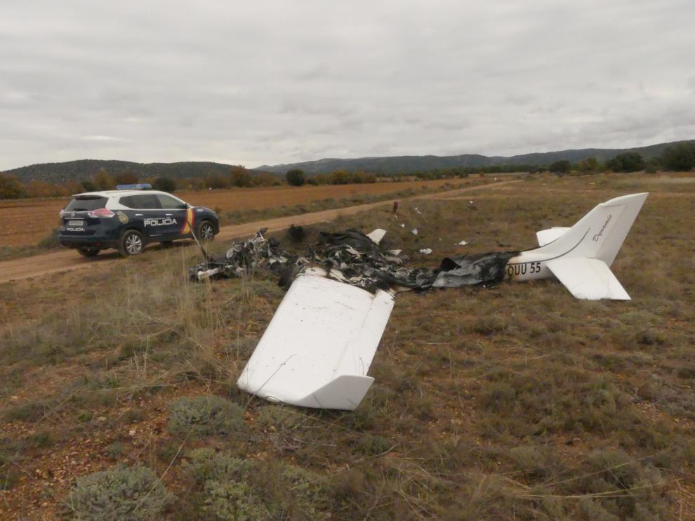 La misteriosa avioneta hallada en un viejo aeródromo próximo a Teruel.