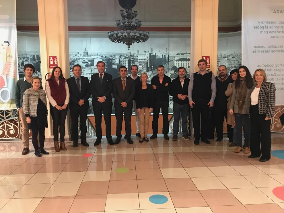 Todos los participantes en el encuentro en Zaragoza el pasado martes