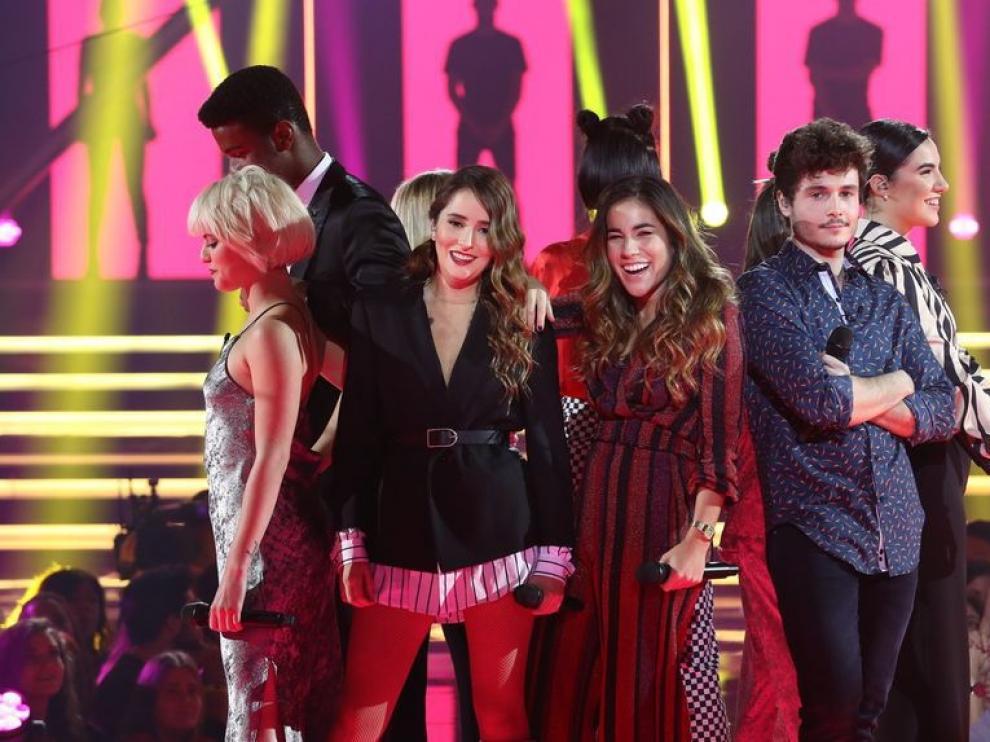 Los concursantes de OT 2018 tras la actuación grupal.