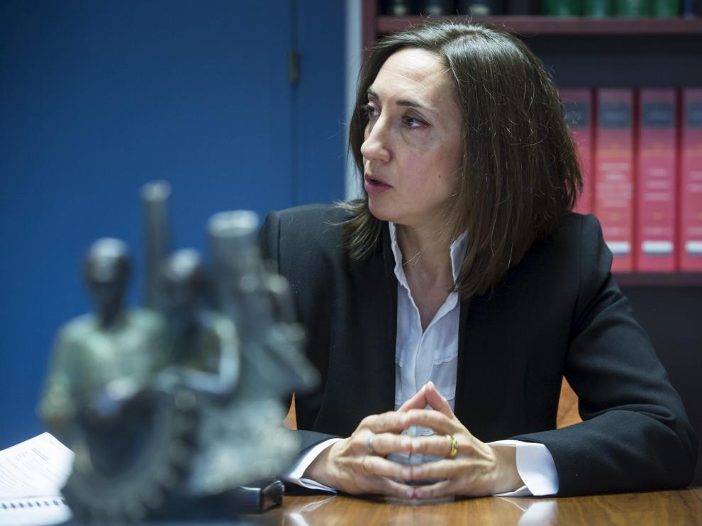 La directora general de Trabajo del Gobierno de Aragón y presidenta de la Comisión, Soledad de la Puente.
