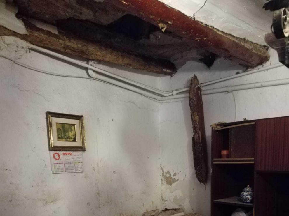 Imagen de la vivienda de Tórtoles que ha sufrido el derrumbe