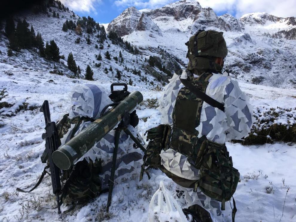 Participantes  en las maniobras militares que se han desarrollado estos días en el Pirineo aragonés.