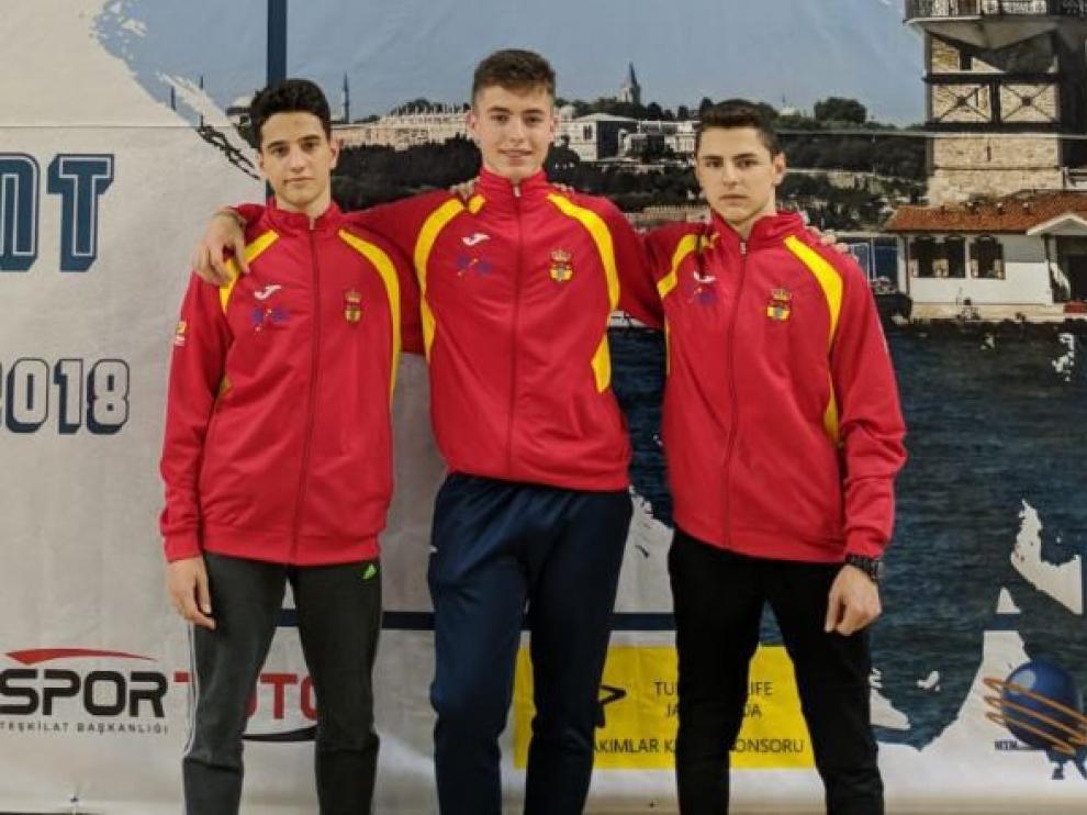 El oscense Marco Asensio logró en Estambul el cuarto puesto con la selección española cadete dentro del Circuito Europeo de sable
