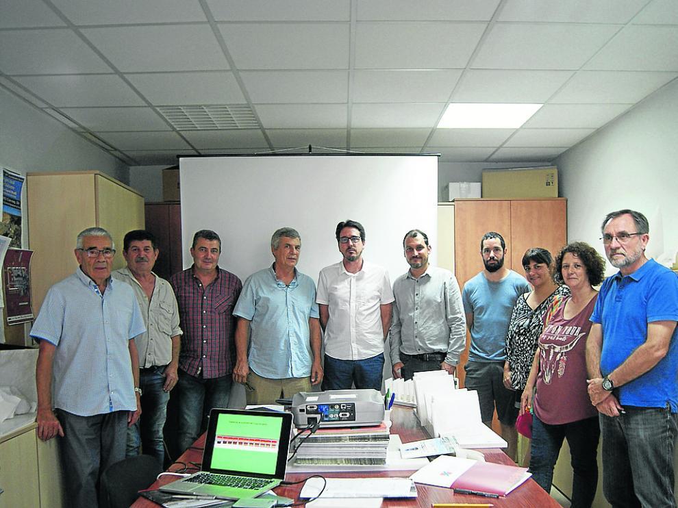 Directivos de la empresa y miembros del equipo del proyecto, en la presentación de los resultados.