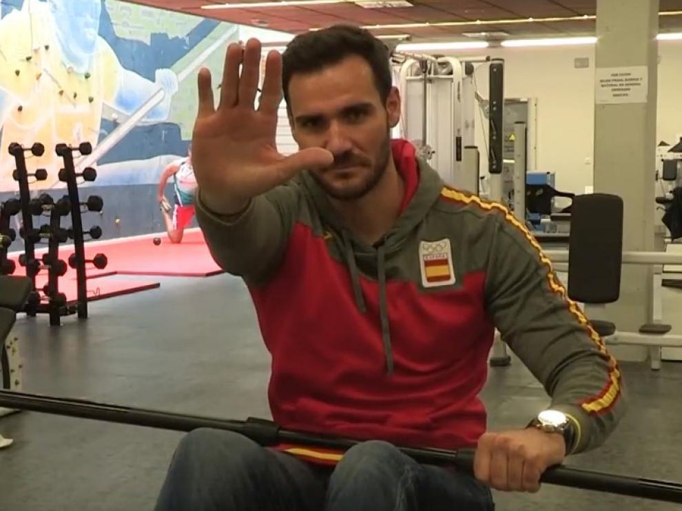 Casillas, Craviotto y otros deportistas ponen cara a un vídeo contra maltrato