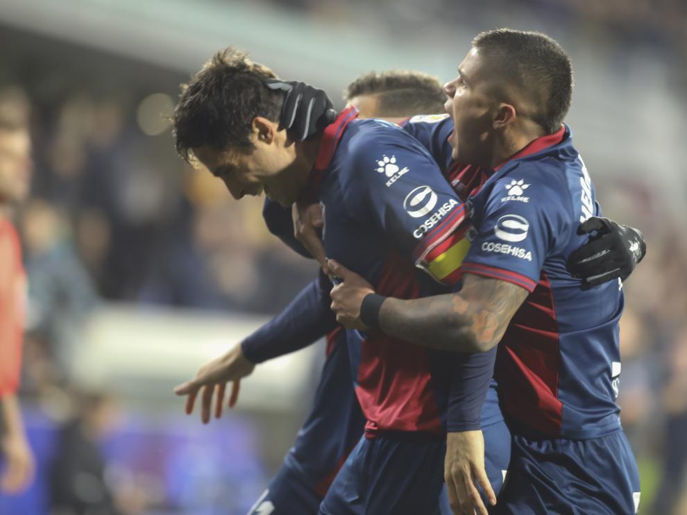 Xabi Etxeita marcó su segundo gol de cabeza en lo que va de Liga.