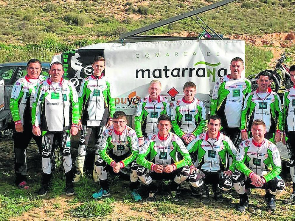 Formación del Club Trial Matarraña, bronce en el último Nacional de la especialidad.