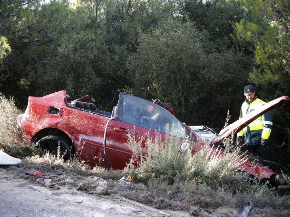 Accidente de tráfico en la A-124, cerca de Gurrea de Gállego (Huesca)