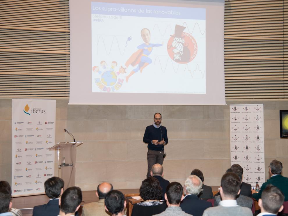 El ganador, Stefano Lodetti, durante su presentación en la final