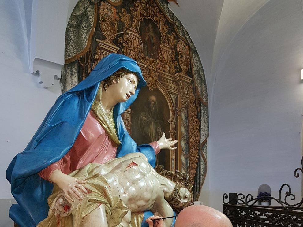 Una de las esculturas restauradas en el taller de prácticas de este año.