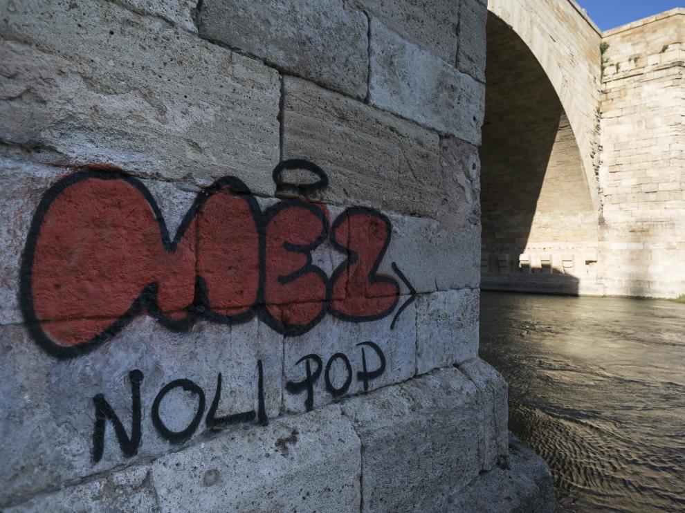 El último graffiti en aparecer es el más llamativo.