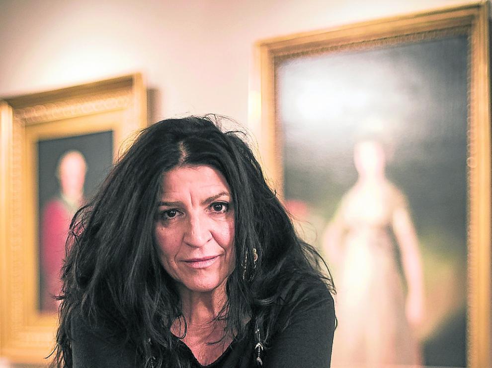 Lita Cabellut, la cotizada pintora de Sariñena, en el Museo Goya de Ibercaja.