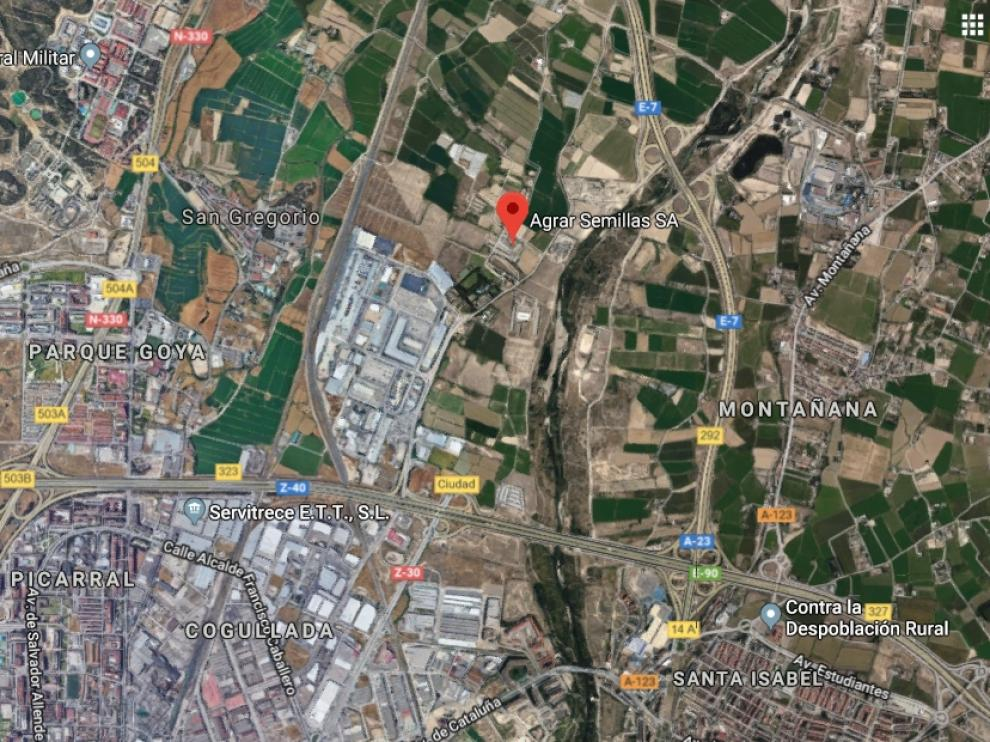 El fuego se ha producido en las instalaciones de la empresa Agrar Semillas, en la carretera de Cogullada.