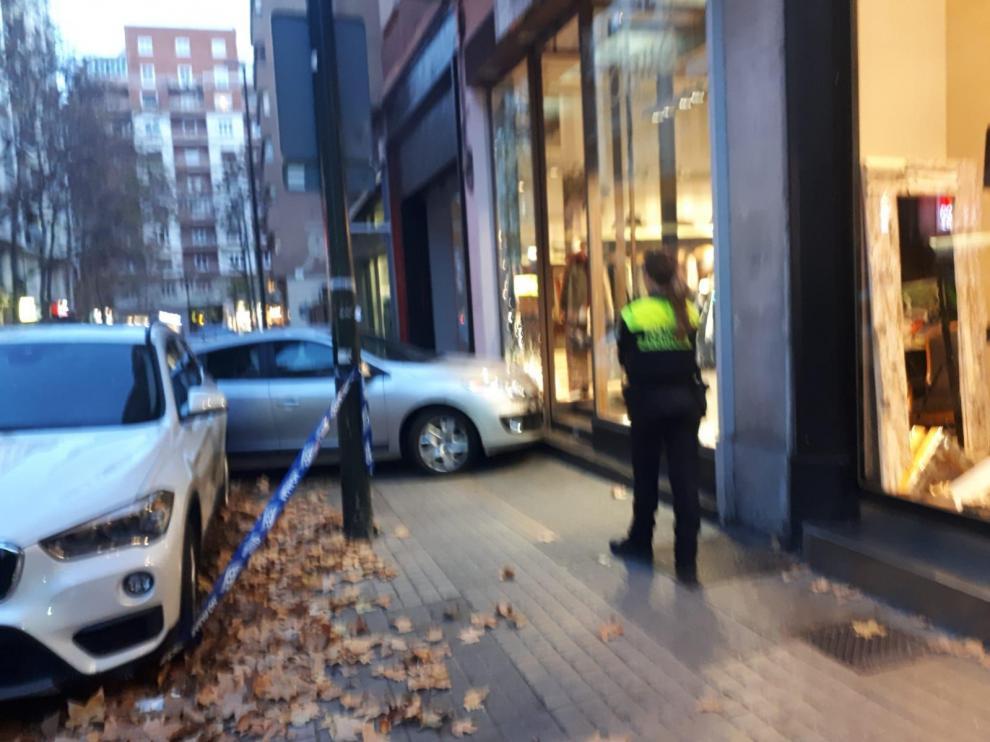 Accidente en la calle de Arquitecto Yarza de Zaragoza.