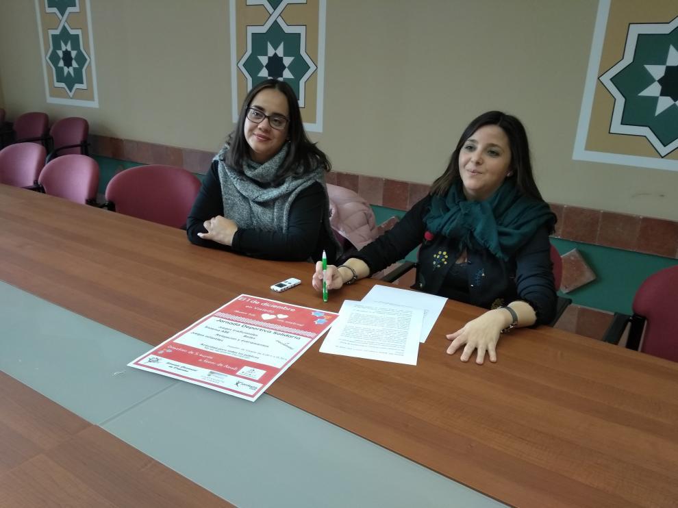 La presidenta de la comarca de Teruel y la vicepresidenta de Anudi han presentado la jornada.
