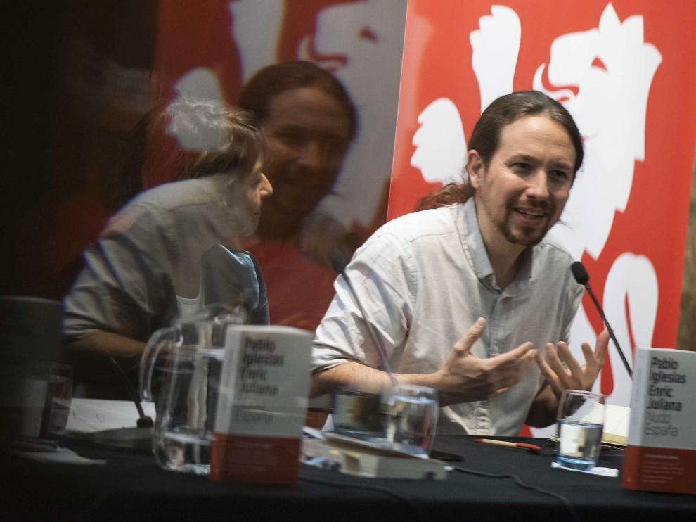Presentación del libro de Pablo Iglesias y Enric Juliana en el Teatro Principal.