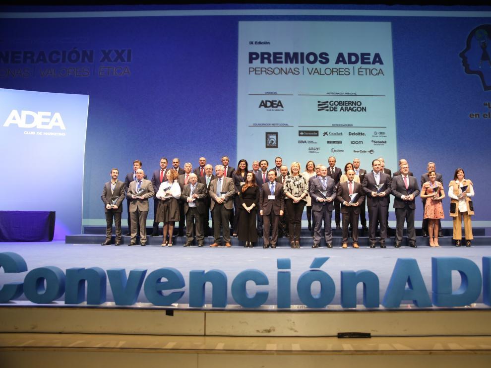 Todos los directivos galardonados este miércoles por ADEA en la IX Convención de Directivos en Zaragoza.
