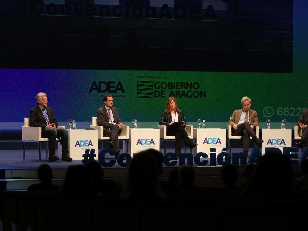 Algunos de los ponentes hoy en la IX Convención de Directivos Adea que se celebra en el Palacio de Congresos de la Expo
