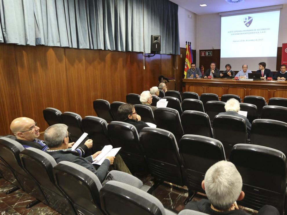 La Cámara de Comercio de Huesca también acogió la junta del año pasado.