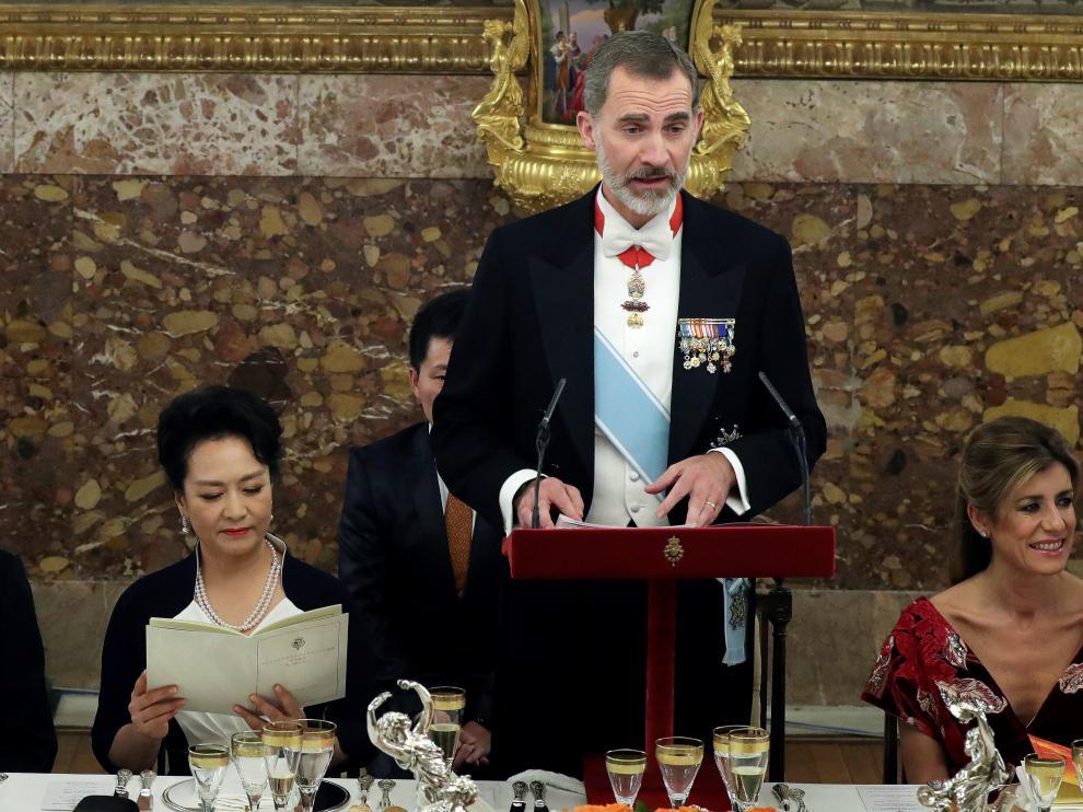 Cena de gala que los Reyes españoles ofrecen al mandatario chino.