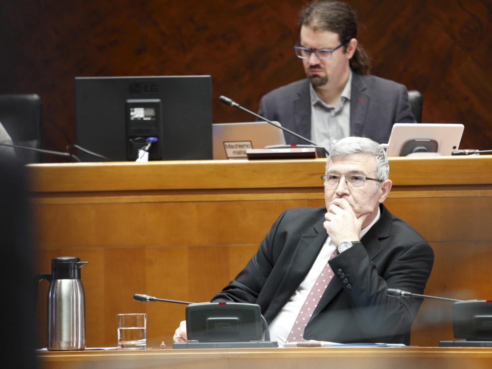 El director gerente del IASS, Joaquín Santos, este miércoles en las Cortes de Aragón.