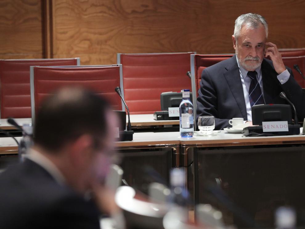 José Antonio Griñan ante la Comisión de Financiación de los Partidos Políticos.