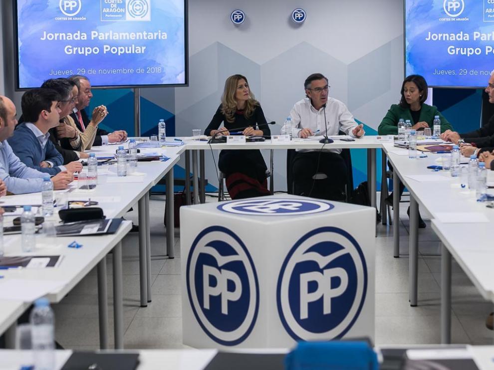 Beamonte ha presidido este jueves la reunión del grupo parlamentario del PP en la sede del partido.