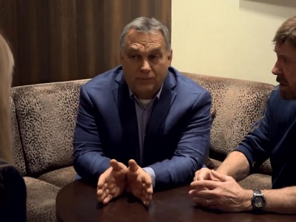 Viktor Orbán y Chuck Norris.