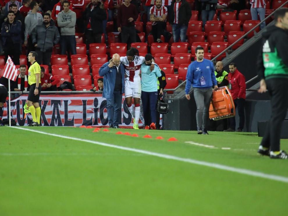 Semedo se retira lesionado en el partido de Copa del Rey contra el Athletic.