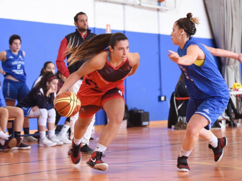 Victoria de prestigio del Azulejos Moncayo Helios en la pista del Basket Antiguo Boscos.