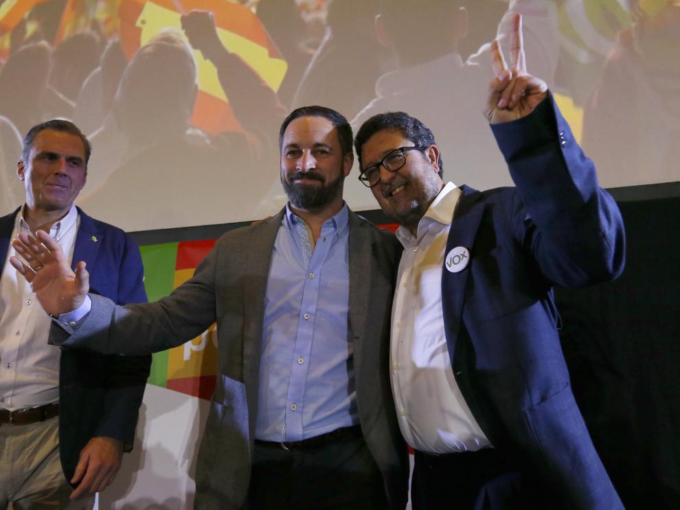 Serrano, junto a Abascal, tras conocer el resultado de las elecciones