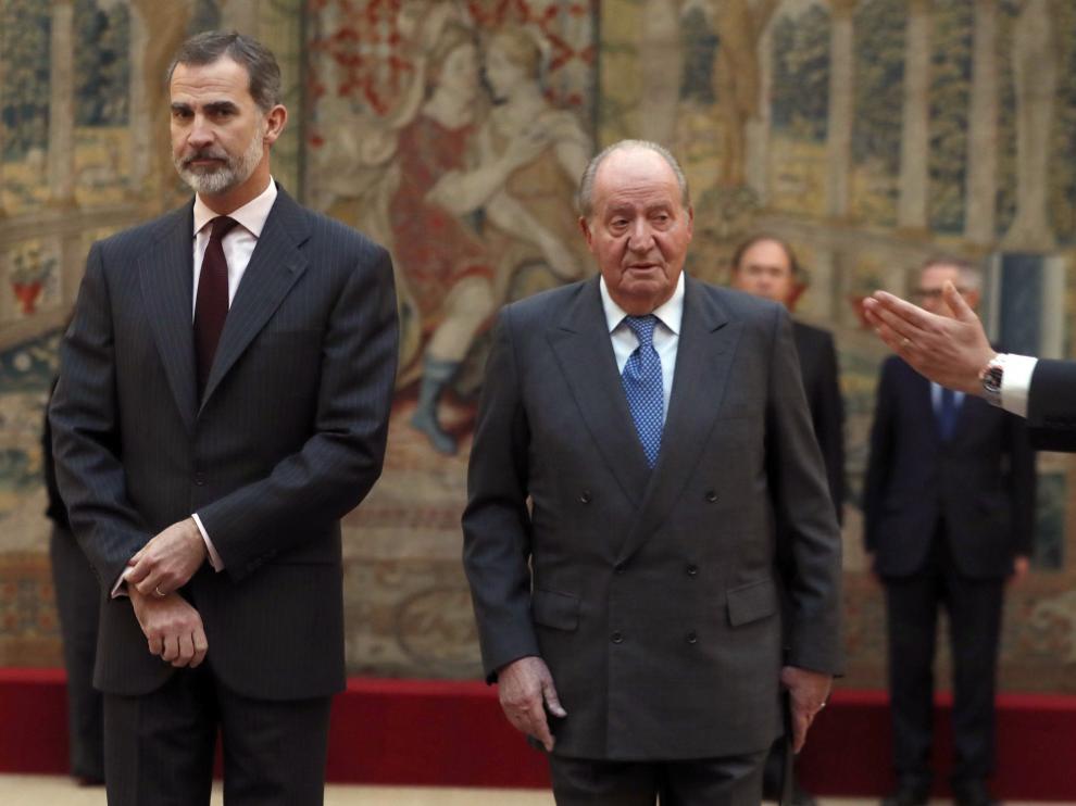 Felipe VI y Juan Carlos I en la conmemoración del 40 aniversario de la Constitución.