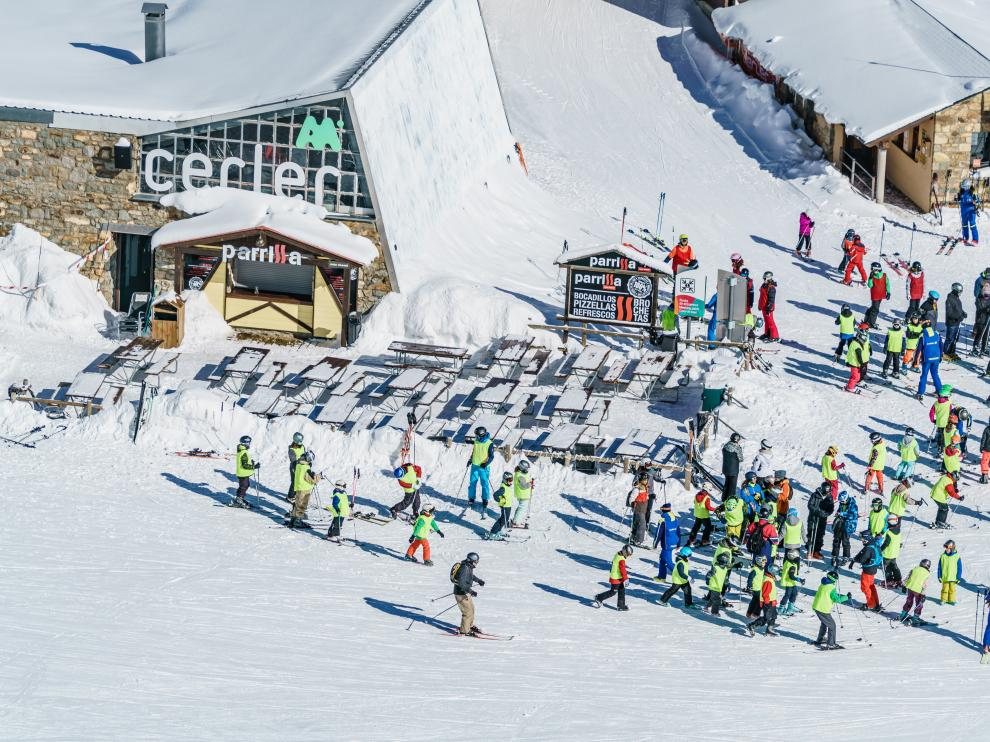El valle de Benasque cuenta con la estación de Cerler para la práctica del esquí.